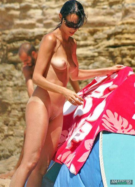 Nude Beach Pic - 38 Amazing Beach Nudes - AmateursCrush.com