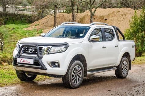 Review Nissan Navara by Nissan Navara 2 3d 4x4 Le 2017 Review Cars Co Za