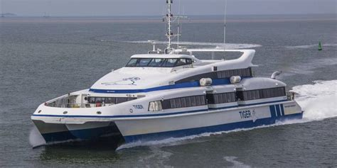 Boot Ameland Water Taxi by Doeksen Schrapt Sneldienst Wagenborg Watertaxi S