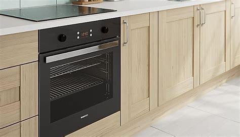 oak effect kitchen cabinets kitchen cabinet doors buying guide ideas advice diy 3567