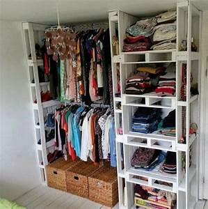 Paletten Möbel Bauen : die besten 25 kleiderschrank selber bauen ideen auf pinterest einbauschrank selber bauen ~ Sanjose-hotels-ca.com Haus und Dekorationen