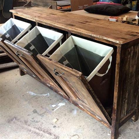 landry table  tilt  hampers  rnr laundryroom