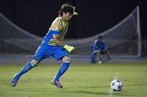 Late goal takes down UCLA men's soccer in 1-0 loss to Duke ...