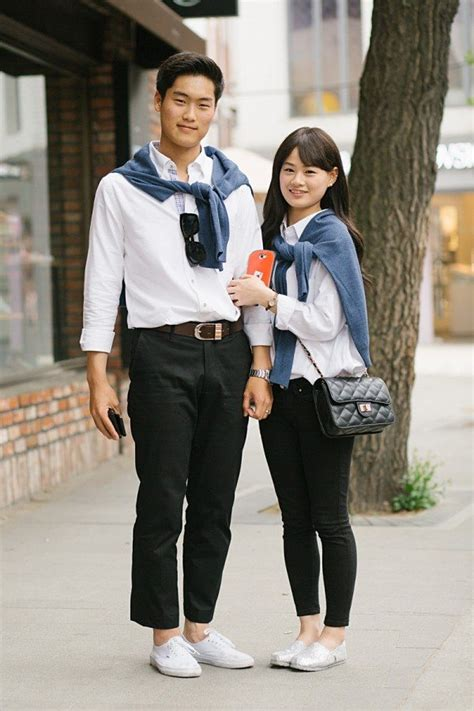 12 photos that prove the matchy-matchy Korean couple look is street styleu2019s latest trend ...