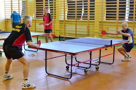 amatorzy tenisa stołowego rozpoczęli sezon