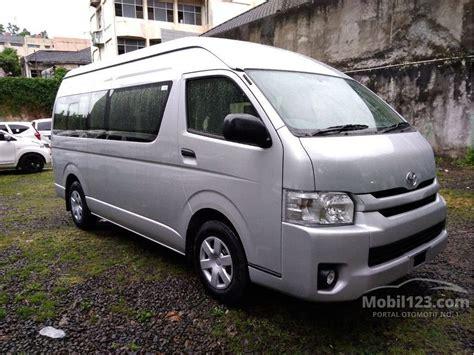 Mobil Toyota Hiace by Jual Mobil Toyota Hiace 2016 High Grade Commuter 2 5 Di