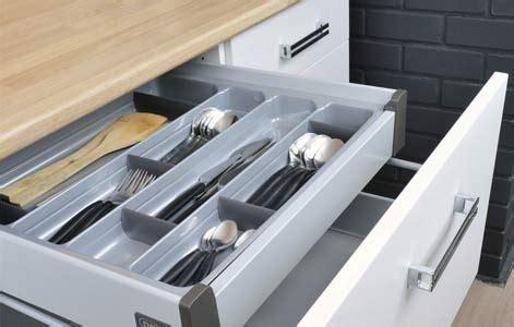 interieur tiroir cuisine tout savoir sur le rangement dans la cuisine leroy merlin