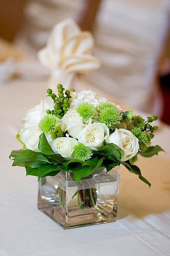 White Rose Table Arrangement For Wedding In 2019 Simple