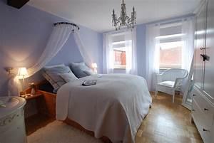 Schlafzimmer Einrichten Romantisch : die wohnexpertin ein traum in lila ~ Markanthonyermac.com Haus und Dekorationen
