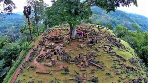 situs megalitikum  indonesia  bisa disambangi
