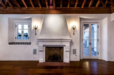 farmhouse home designs revival