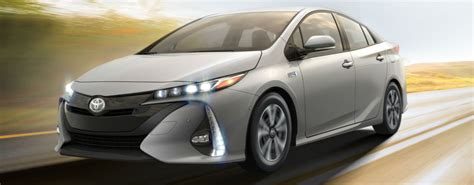 Official 2017 Toyota Prius Prime Release Date And Design