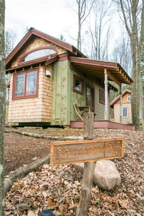 cabins in maryland book your favorite tiny cabin at blue moon rising in