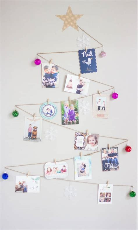 clever ways  display holiday cards