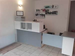 Bureau Pas Chere : comptoir d 39 accueil et bureau pas cher pour un petit commerce bidouilles ikea ~ Melissatoandfro.com Idées de Décoration