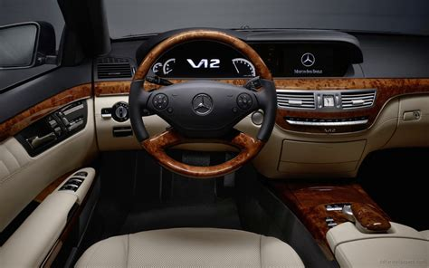 Comprehensive adaptations in the exterior, interior and under the bonnet leave no doubt: 2010 Mercedes Benz S Class Interior Wallpaper | HD Car Wallpapers | ID #1264