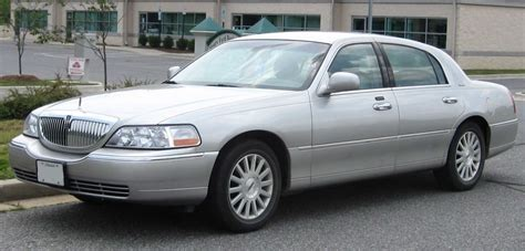 2008 LINCOLN TOWN CAR - Image #13