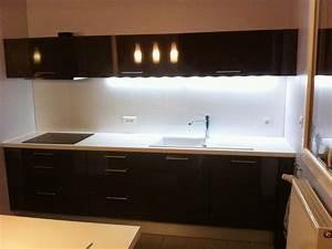 Crédence Cuisine Verre : vitrerie miroiterie cr dence en verre noir brillant ~ Premium-room.com Idées de Décoration