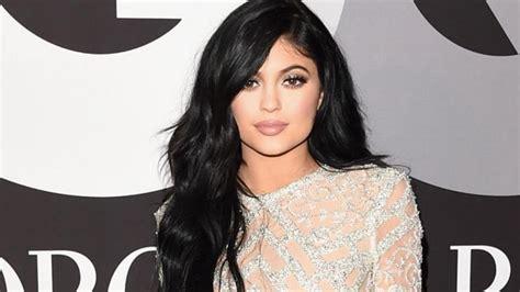 Kylie Jenner Slams Pregnancy Rumors (Again ...
