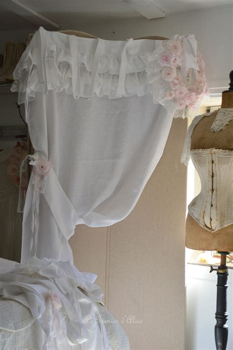 rideau lin blanc shabby chic volant froufrou dentelle