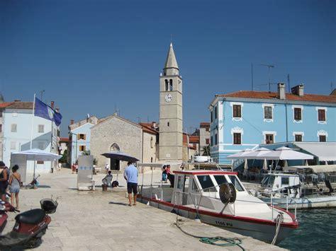 File:Fazana, Croatia.JPG - Wikimedia Commons