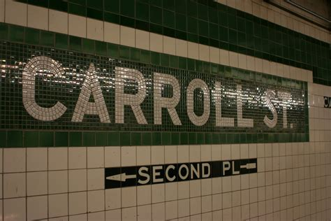file nyc subway carroll st station tile jpg wikimedia