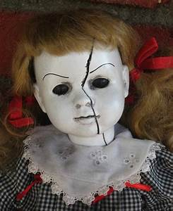Haunted Dolls - Tales from a truly creepy toy chest