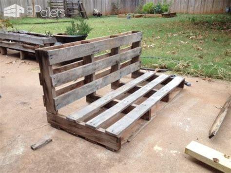 easy diy tutorial build install  pallet swing bench
