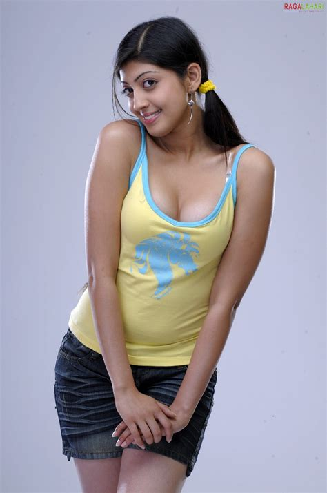 South Indian Hot Actress Praneetha Hot N Spicy Photoshoot