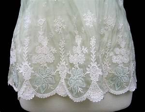 ELIE TAHARI Pale Green Embroidered Silk Organza DAISY Blouse NWT 298 EBay