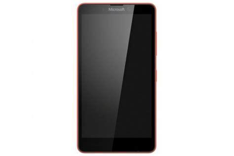 ovo je microsoft lumia 750 telefon koga nismo vidjeli
