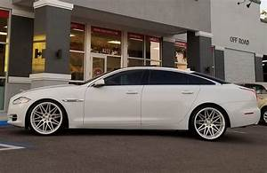20 U0026quot  Staggered 1av Wheels Zx4 Gloss White With Machined