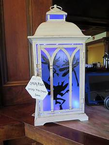 Harry Potter Decoration : saw this idea with a mason jar but thought this lantern ~ Dode.kayakingforconservation.com Idées de Décoration