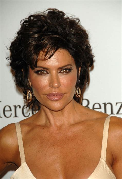 celebrity hairstyle haircut ideas lisa rinna short