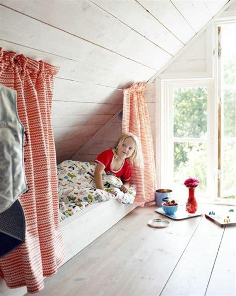 chambre bébé mansardée decoration chambre mansardee garcon atlub com