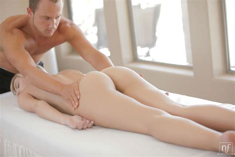 Enjoying A Massage Porn Photo Eporner
