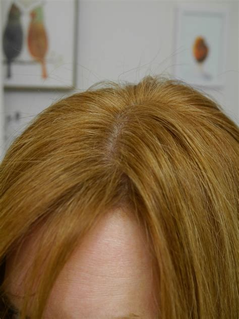 Coloring Roots At Home by How To Get Strawberry Hair At Home The Diy Guide