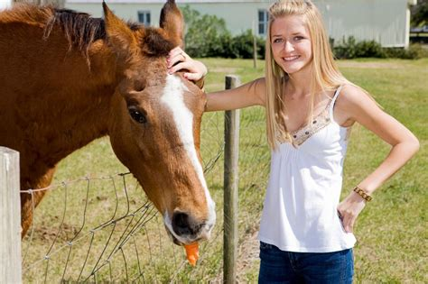 farm horse healthy teen treats pet owner owners young pets4homes animal lisafx advice lisa different