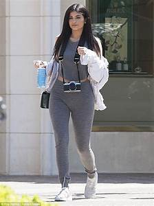 Kylie Jenner puts her killer curves on display in a ...