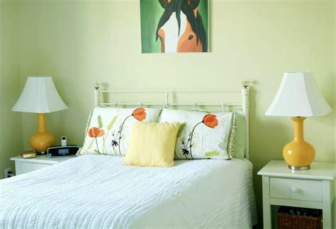 3 Spring Bedding Makeover Ideas  Ideas 4 Homes