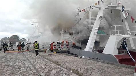 incendie sur l angoumois navire du mus 233 e maritime de la rochelle