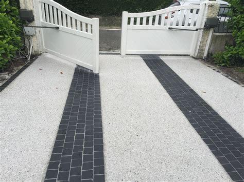 beton de couleur exterieur am 233 nagement all 233 es parking pav 233 s graviers enrob 233