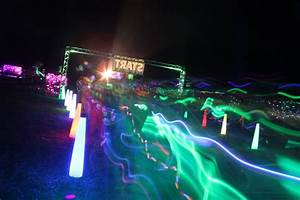 Awesome Neon Glow Run photos - Glowgear night golf  Glow