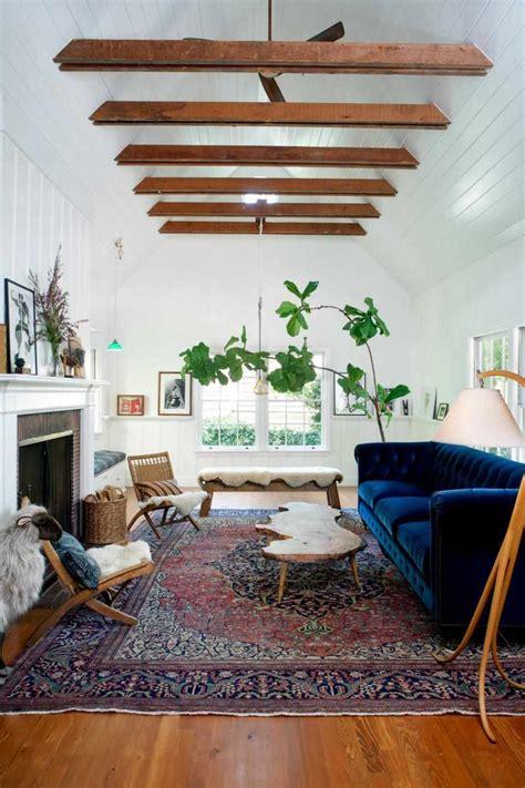 gorgeous blue velvet sofa ideas   living room