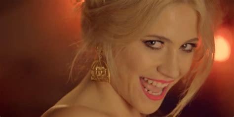Pixie Lott Gets Sweaty In New Single Nasty Music Video Watch