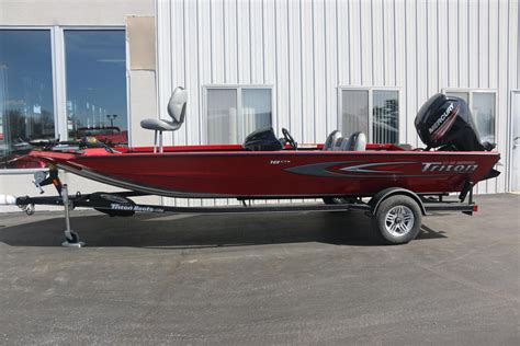 New Triton Boats by 2016 New Triton Boats 18 C Tx Center Console Fishing Boat