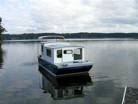 Houseboats Designs by Houseboat Devlin Designing Boat Builders