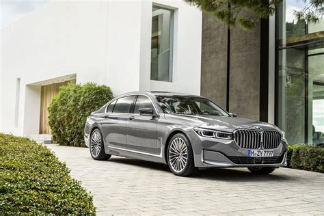 New Bmw 7 Series Phev Gets More Battery Capacity And Range