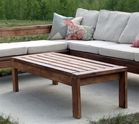 outdoor coffee table ana white
