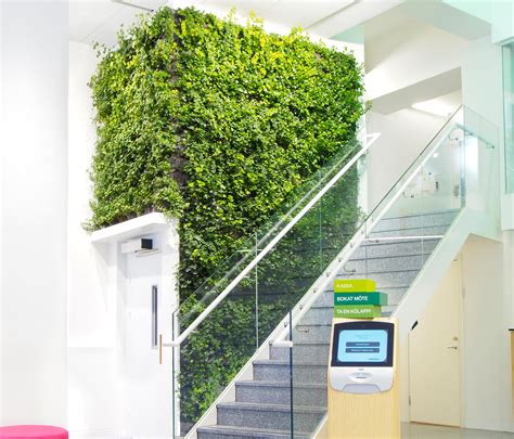 Pflanzen An Wand by Indoor Plant Walls Plant Pots From Greenworks Architonic